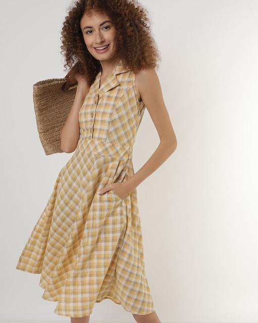 Checked Sleeveless Flared Dress