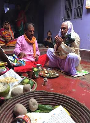 A hindu performing pitra puja