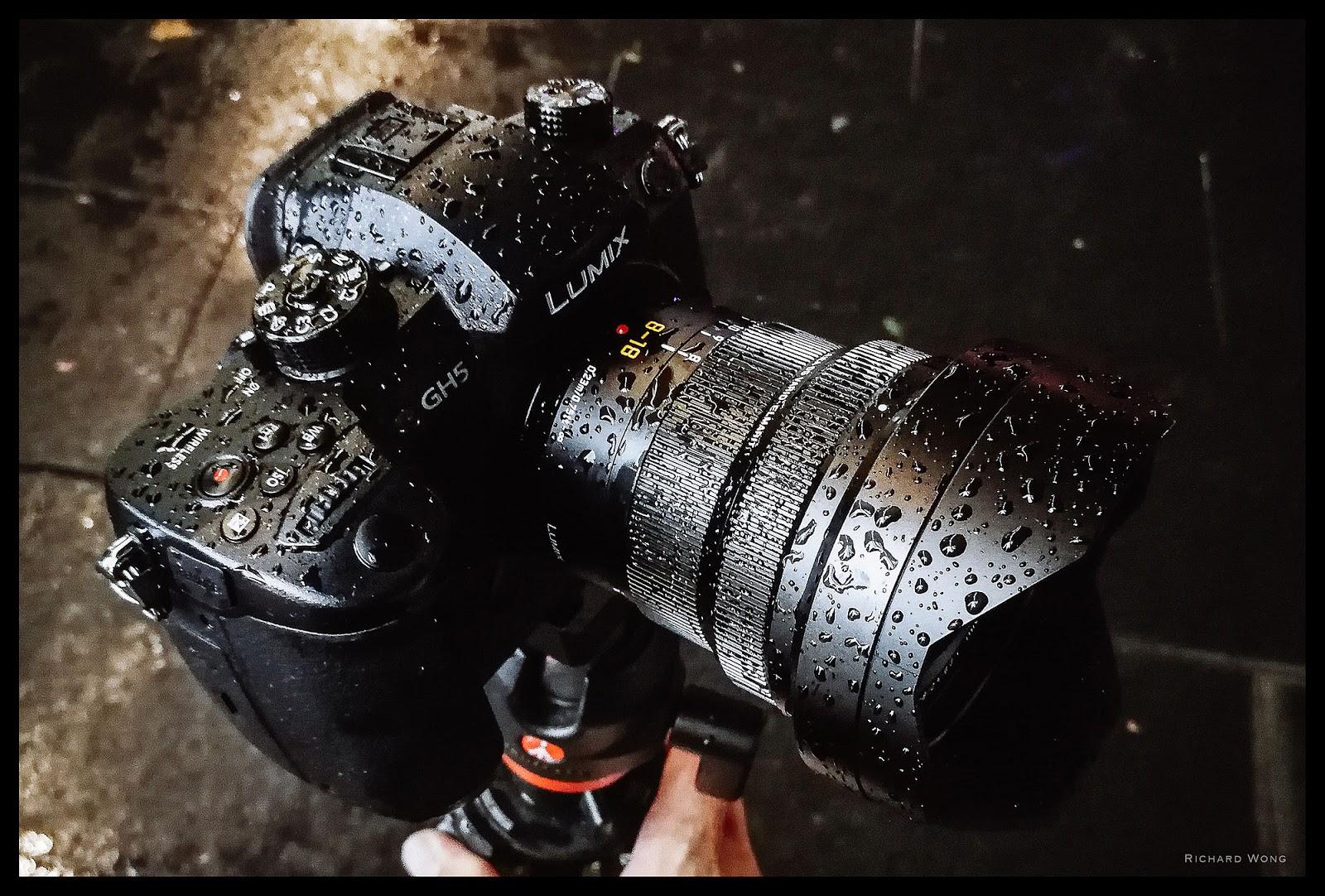 Leica DG Vario-Elmarit 8-18mm f/2.8-4.0 Asph и Panasonic Lumix GH5 покрытые каплями воды