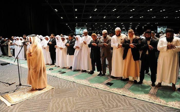 Doa Niat Shalat Terawih Kusus Bulan Ramadhan Tahun 2018 Ini