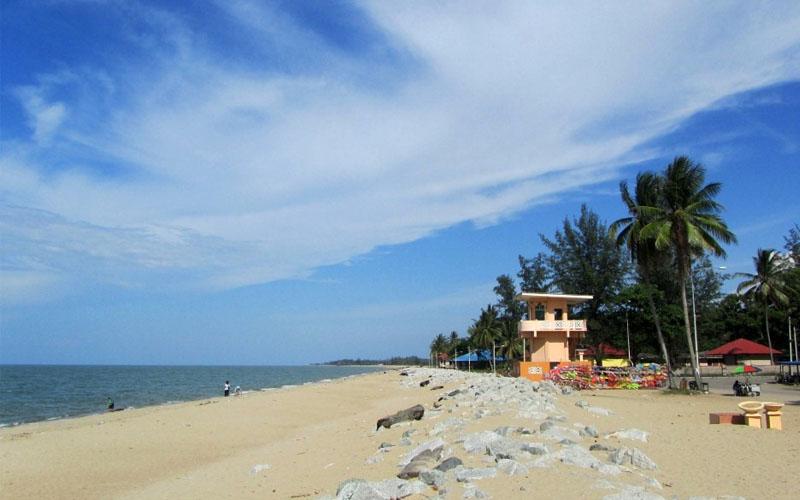 5 Pantai di Kendal yang Bagus dan Lagi Hits