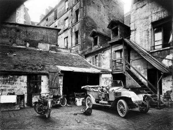 Cour, 7 rue de Valence 1922
