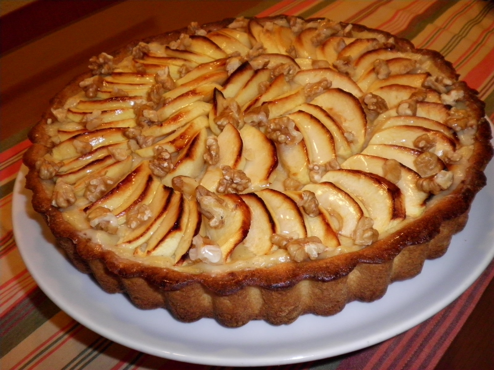Tarta de manzana con crema pastelera mis dulces joyas for Brisa cuchillos