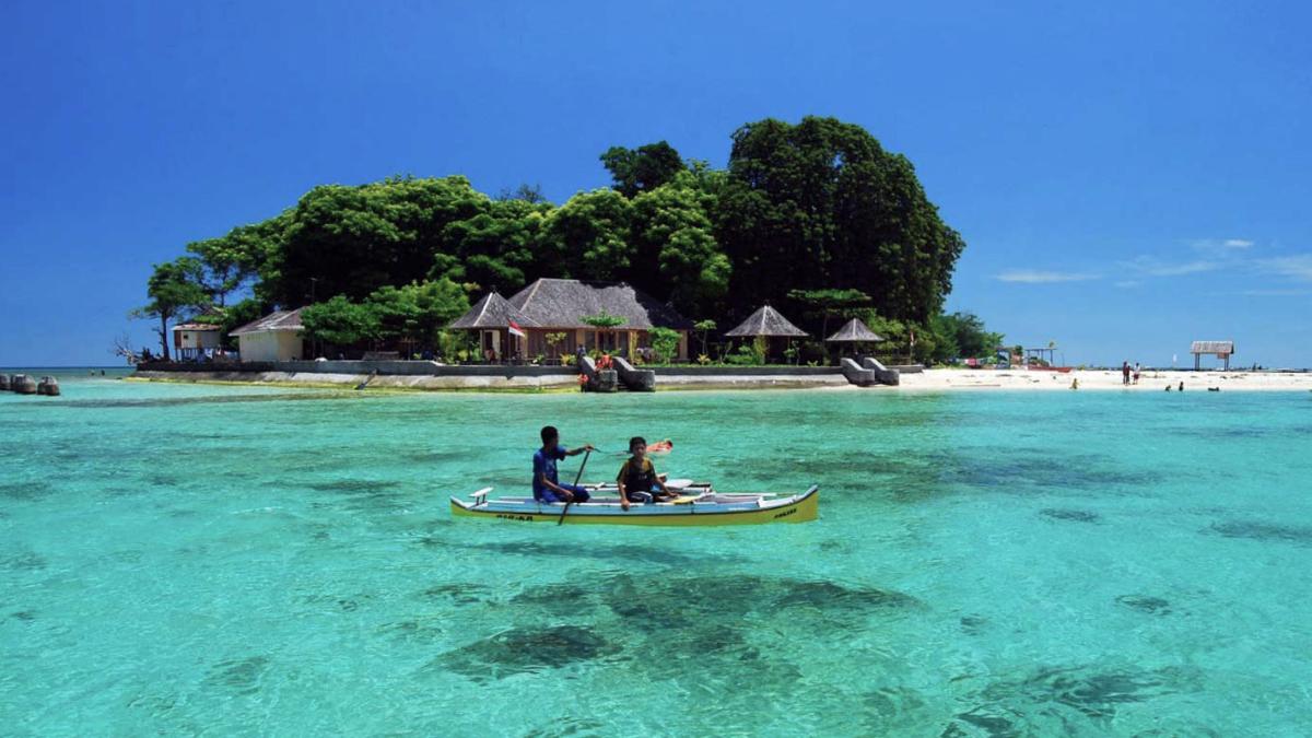 Pulau Eksotis dan keren di Pulau Samalona