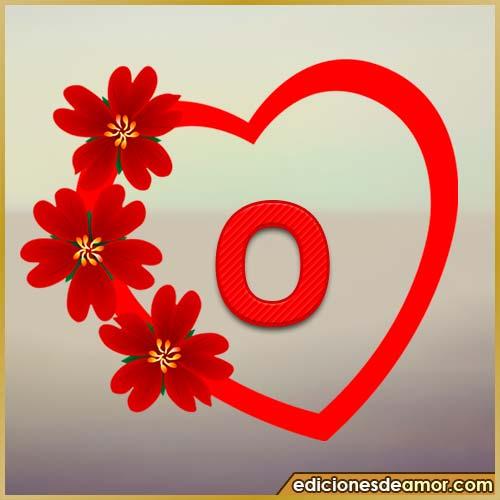 corazón de flores con letra O