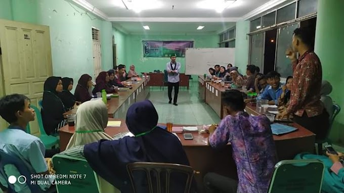 Melakukan Kajian Analisis Sosial Terhadap Perdagangan di Pasar Raya Kota Padang