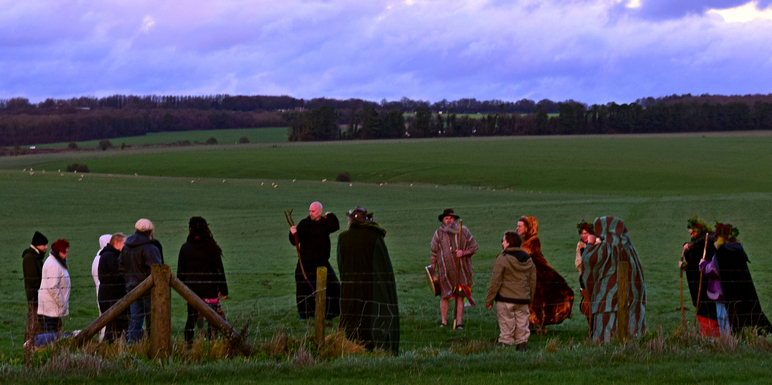 visiting stonehenge winter solstice