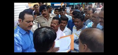 पीथमपुर  जयनगर कॉलोनी का विवाद सुलझाने पहुंचे एसडीएम धार | coloni ke vivad ko suljhane pahuche sdm