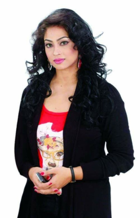 Sadika Parvin Popy Biography & Images 7