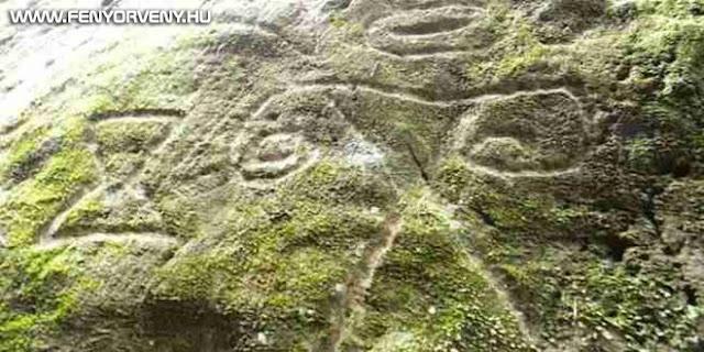 Ismeretlen lényeket és mintákat ábrázoló sziklarajzokat találtak egy karib szigeten