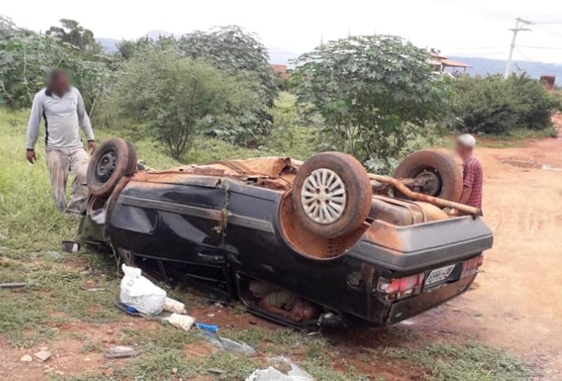 Livramento de Nossa Senhora: Idoso tem morte instantânea após veículo capotar
