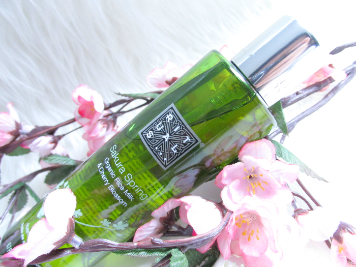 Review: RITUALS Sakura Spring Foaming Shower Oil - Duschöl