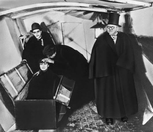 "Filme: ""O Gabinete do Dr. Caligari (1920)"""