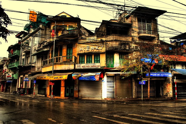 Beauty of ancient houses in Hanoi's Old Quarter 1