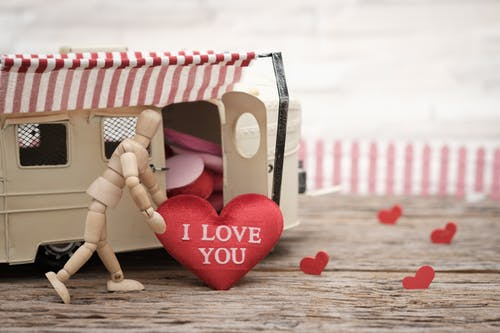 download free romantic images