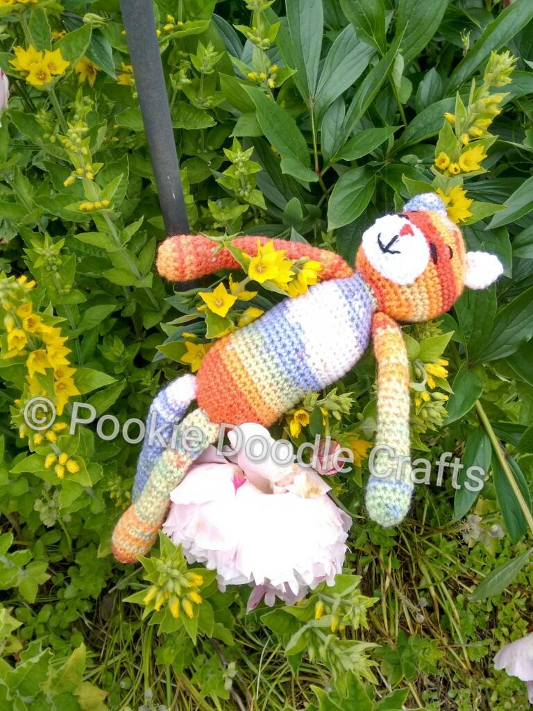 Amineko cat crochet blanket | 1024x768