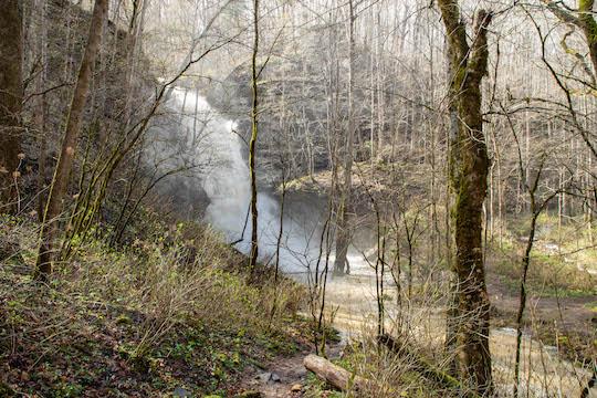 Spring flood at Lost Creek Falls
