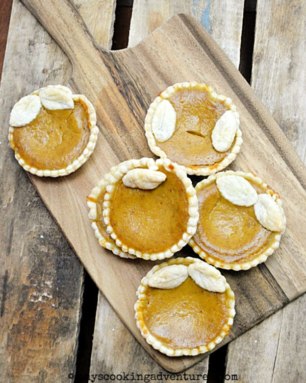 Mini Pumpkin Pies from Amy's Cooking Adventures