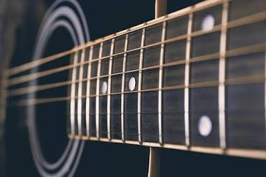 Merebus Senar Gitar Bekas Dengan Air Dan Cuka Bisa Perpanjang Sustain