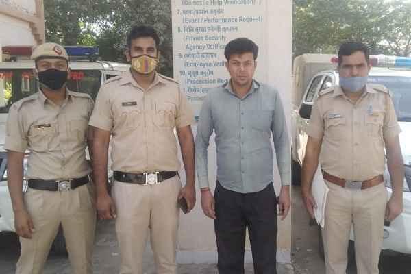 faridabad-sarai-khwaja-thana-police-arrested-nasha-taskar