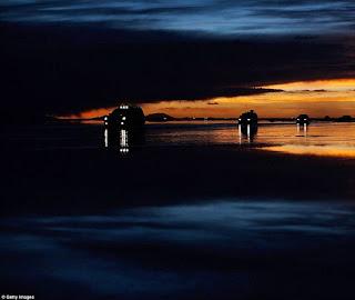 9 Tempat Bersinar Dan Mengagumkan Di waktu Malam