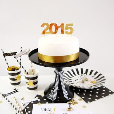 Table Noire, Blanche et Dorée pour le réveillon du Nouvel An