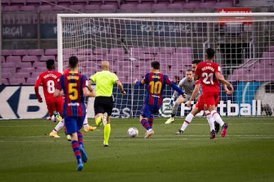 ملخص واهداف مباراة برشلونة وغرناطة (1-2) الدوري الاسباني