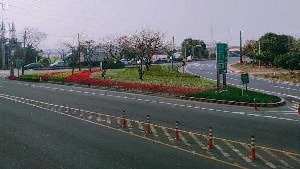 交流道出入口分隔島綠美化 彰化縣展現新春新氣象
