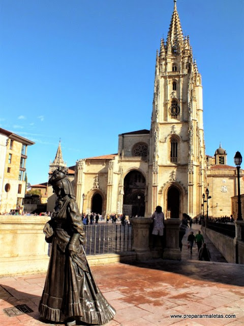 La Catedral de Oviedo con la Regenta