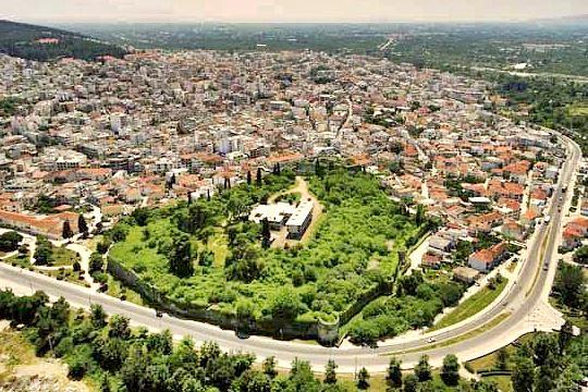 ΚΑΣ: «Όχι» στην επαναλειτουργία του πρώην Ξενία της Άρτας στο Κάστρο