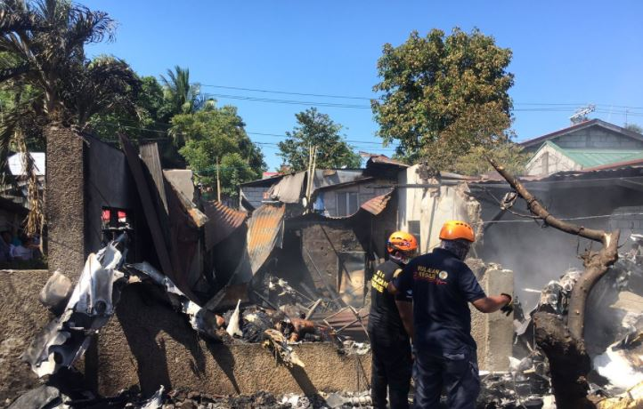 At least 7 dead after plane crashes in Plaridel, Bulacan