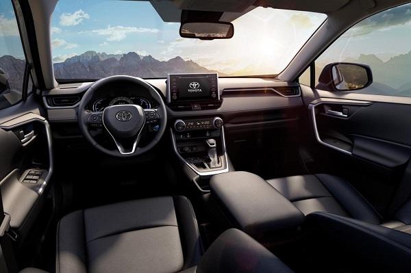 Interior Toyota Rav4 2021