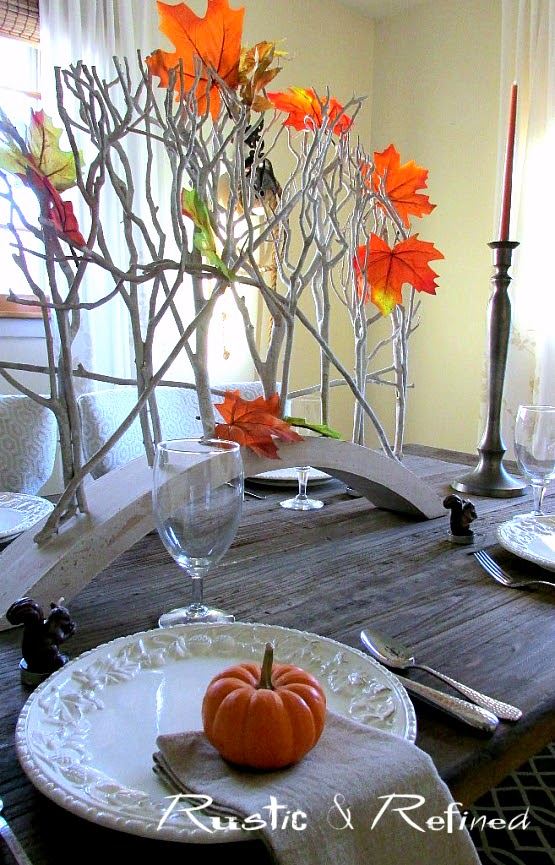 Simple and elegant fall dining.