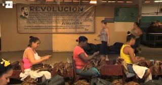 artesanas cubanas del tabacos, cigarillos