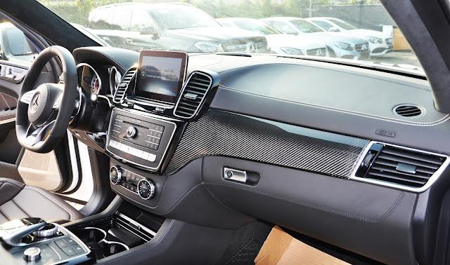 Nội thất Mercedes AMG GLS 63 4MATIC thiết kế sang trọng