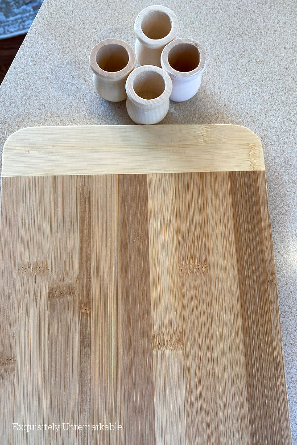 Bamboo Cutting Board and Wooden Feet