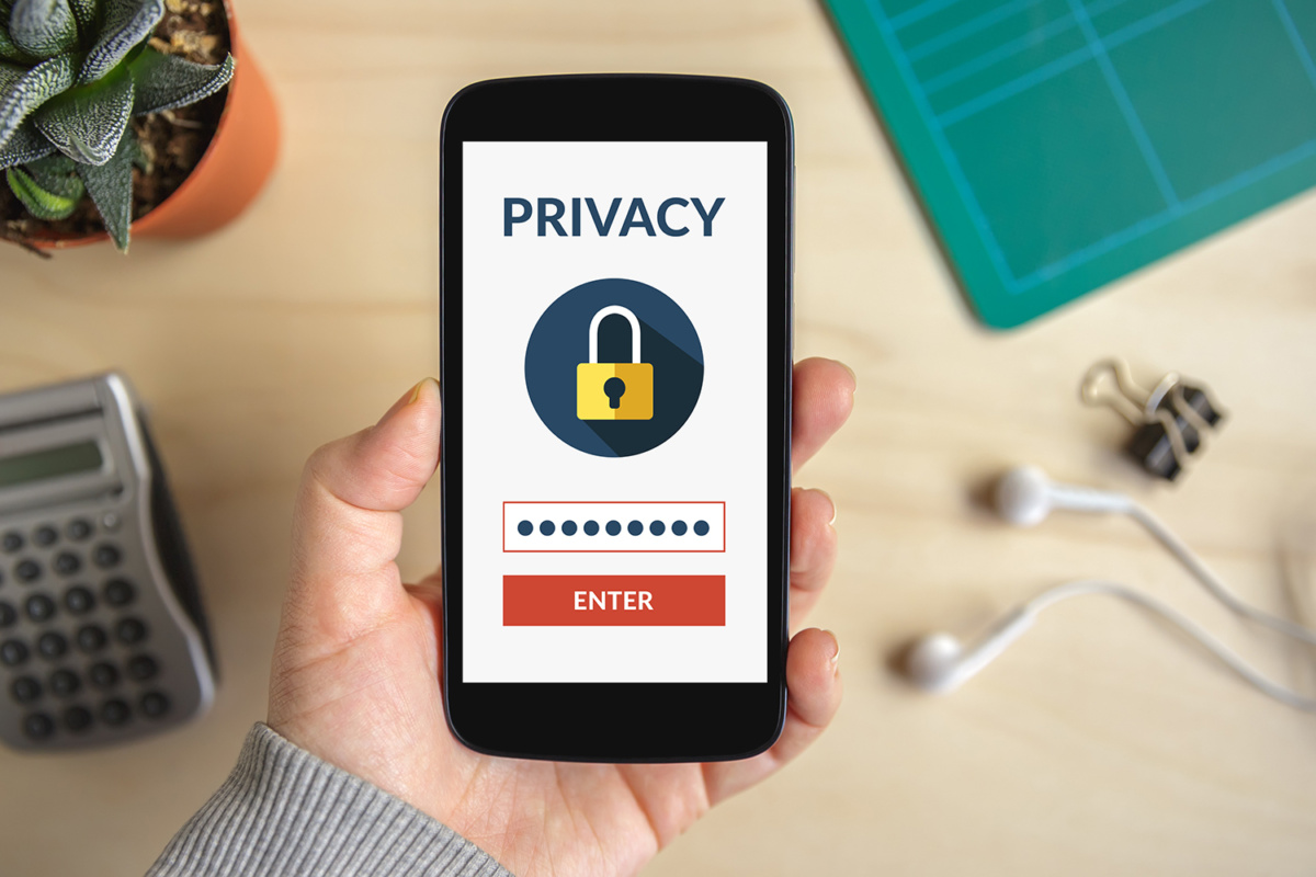 Mobile   - mobile phone privacy security thinkstock 614113984 3x2 100740687 large - How To Keep Your Mobile Safe From Cyber Security Threats