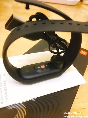 小米手環5磁吸充電