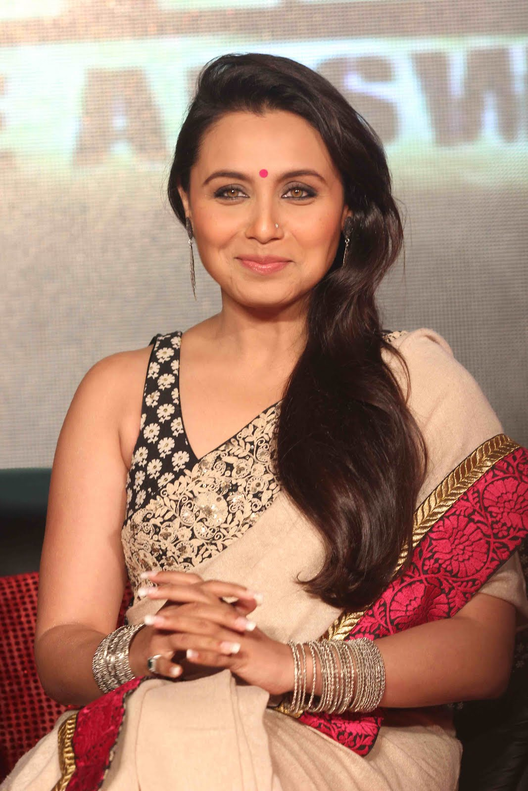 Sexy Rani Mukherjee Photo