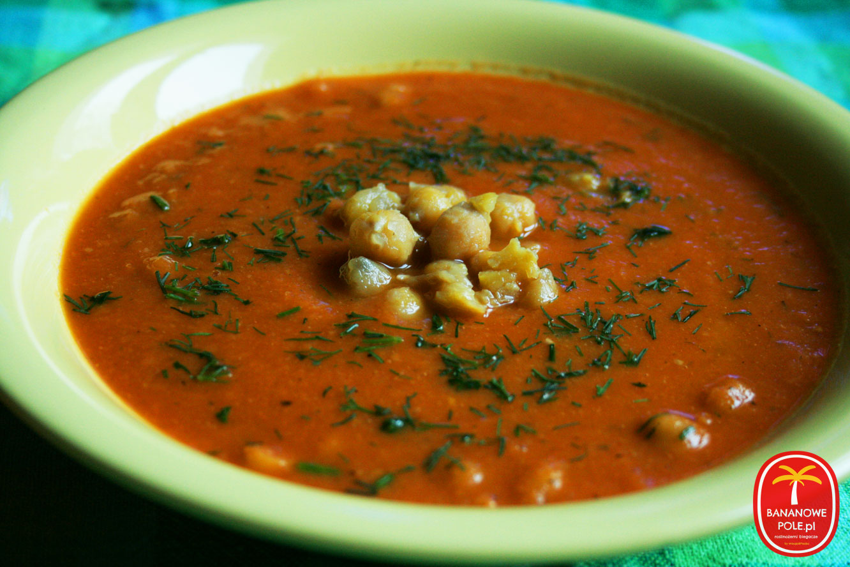 Zupa krem z ciecierzycy z pomidorami