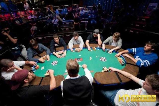 thu-thuat-choi-poker%2B%25281%2529.jpg