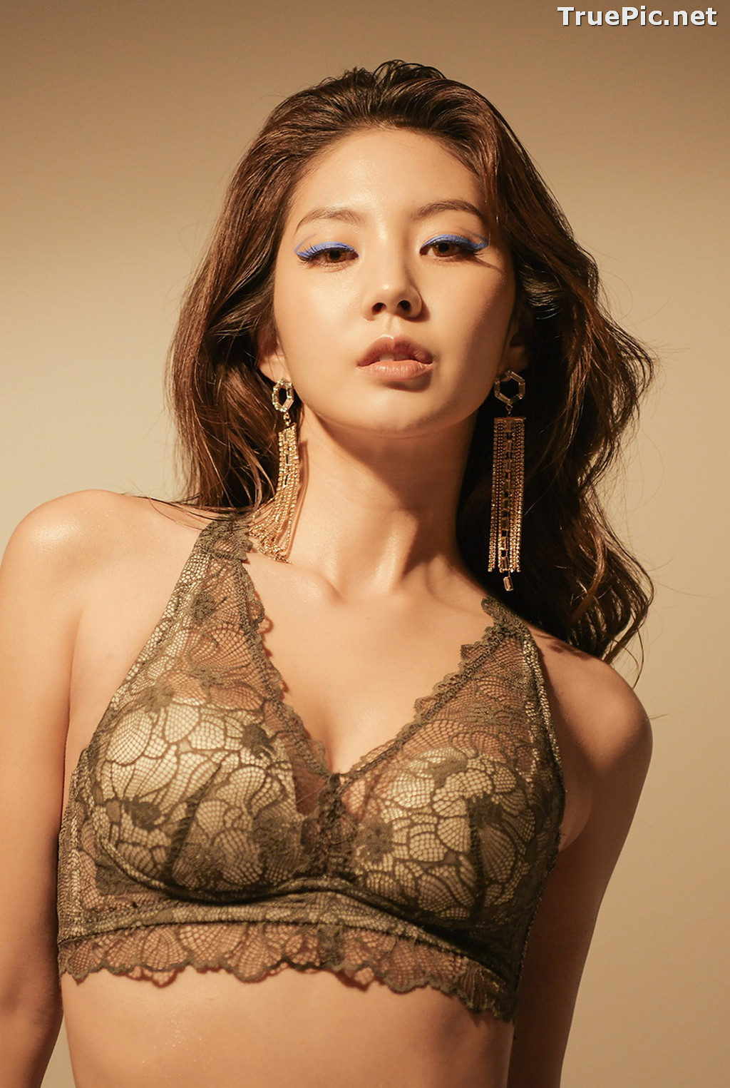 Image Korean Fashion Model - Lee Chae Eun - Soft Brown Lingerie - TruePic.net - Picture-4