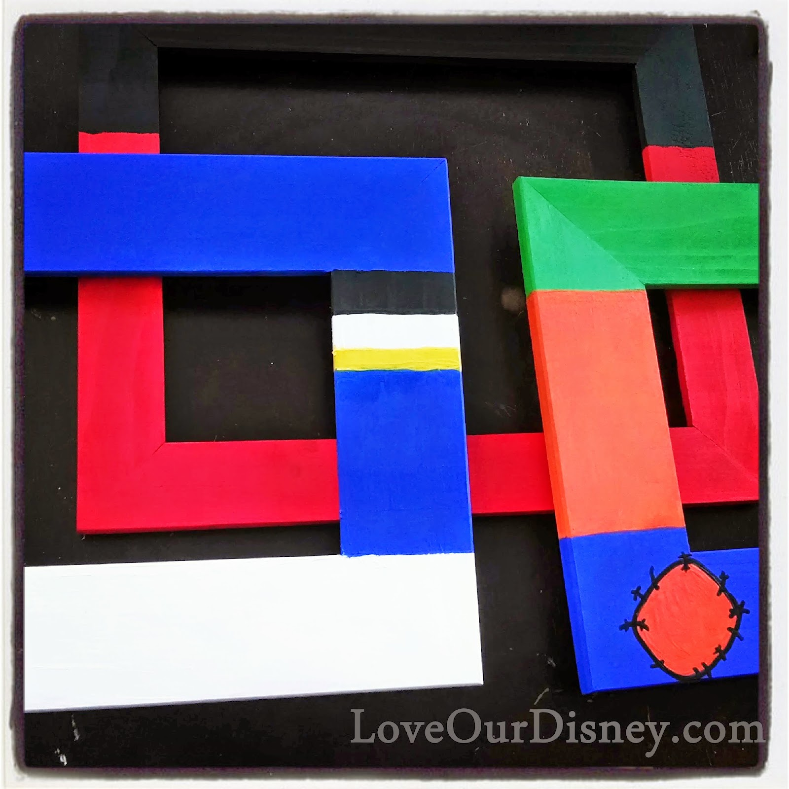 DIY Disney Photo Frames by LoveOurDisney.com