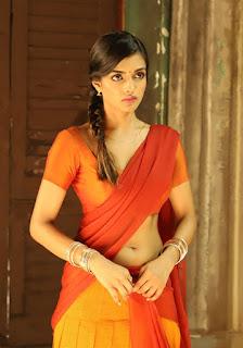 Ashna Zaveri 16