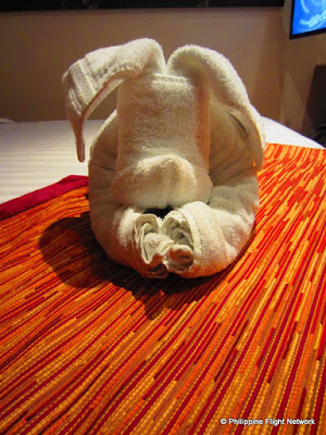 costa victoria towel art