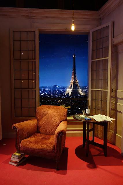 Paris apartment, TV set design, Eiffel Tower