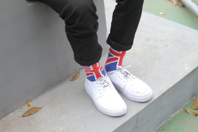 Model Kaos Kaki Stay cool Socks Motif Bendera kekinian pria