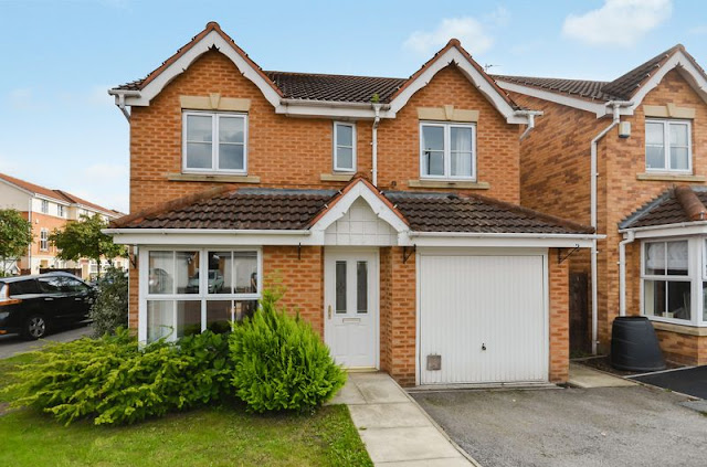 This Is Wakefield Property - 4 bed detached house for sale 1 Cedar Mews, Wakefield WF2