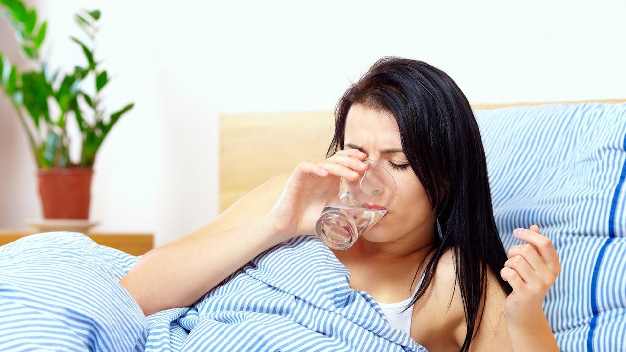 Sốt xuất huyết và sốt siêu vi khác nhau như thế nào?