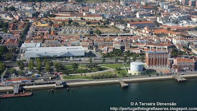 Lisboa - Belém - Estação Fluvial de Belém e Museu da Electricidade